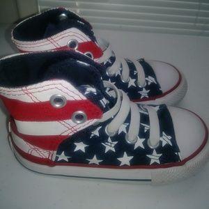 Kids Converse Shoes Size 7